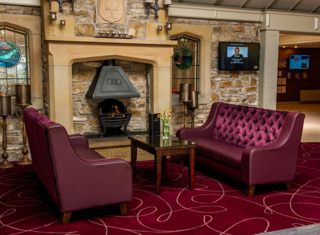 Allingham Arms Hotel lounge