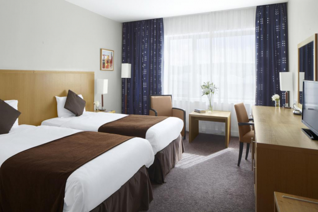 Radisson Hotel Letterkenny bedroom